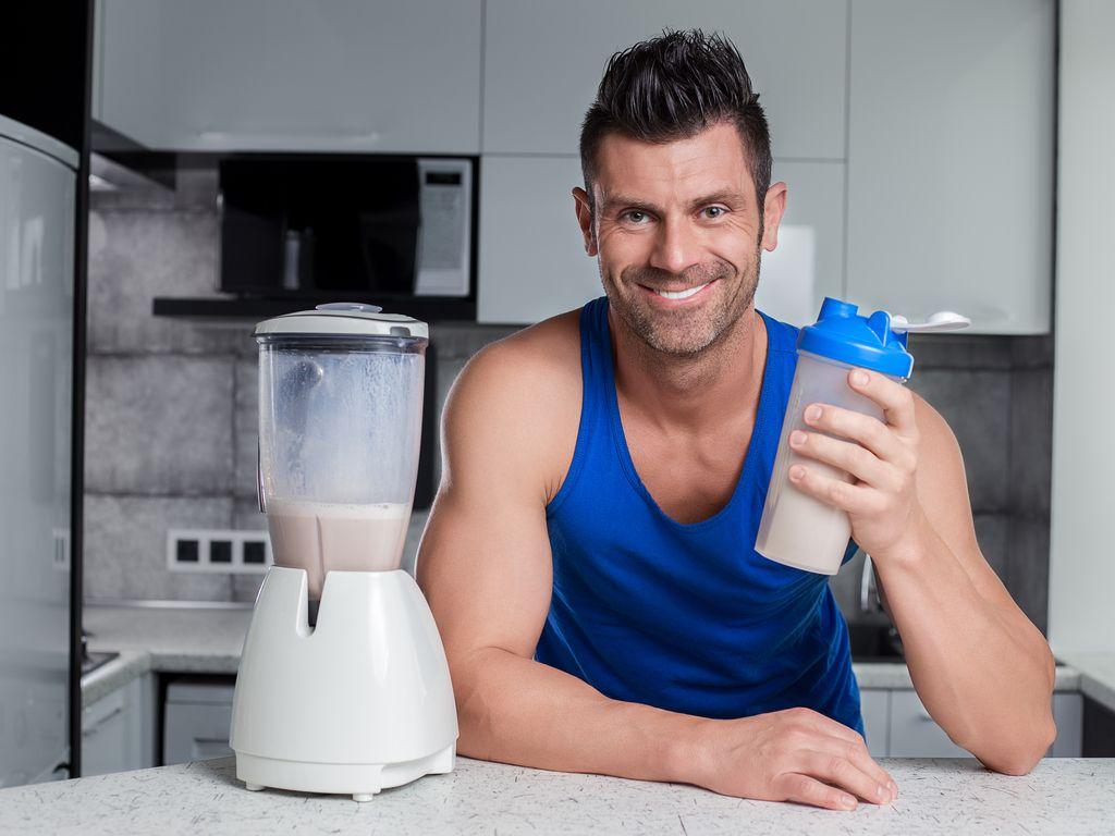 הידעת: שימוש באבקת חלבון זאת רק חצי עבודה